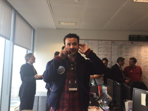 Daniel Mays takes a trade during #BGCCharityDay courtesy of @HavenHouseCH twitter